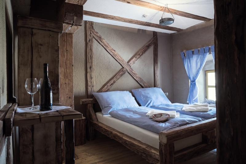 Pokoj s nádechem středověku 3